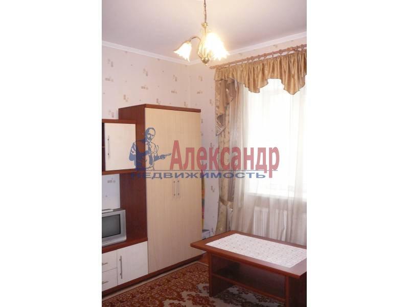 1-комнатная квартира (35м2) в аренду по адресу Тореза пр., 20— фото 2 из 7