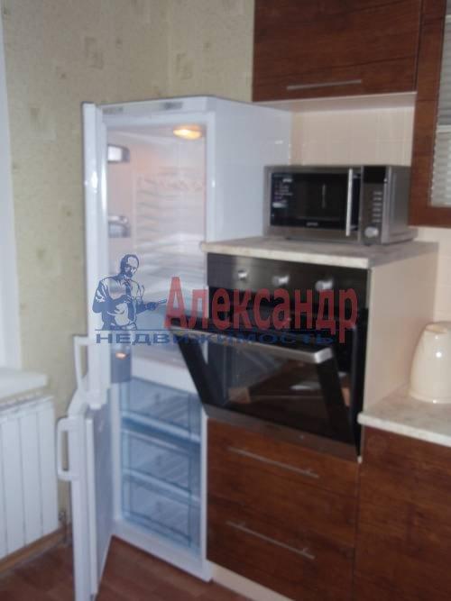 2-комнатная квартира (63м2) в аренду по адресу Ланское шос., 14— фото 2 из 12