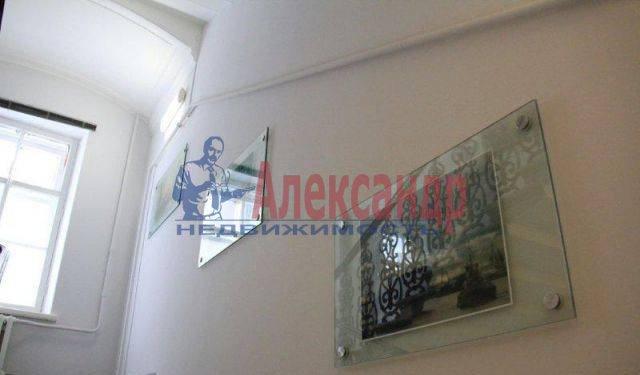 1-комнатная квартира (42м2) в аренду по адресу Невский пр., 40— фото 4 из 5