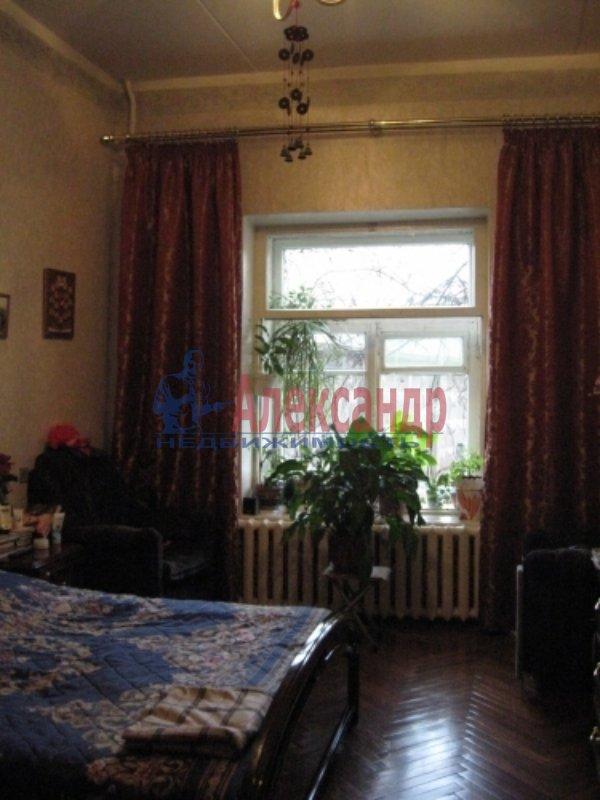 1-комнатная квартира (33м2) в аренду по адресу Среднеохтинский пр., 57— фото 4 из 4