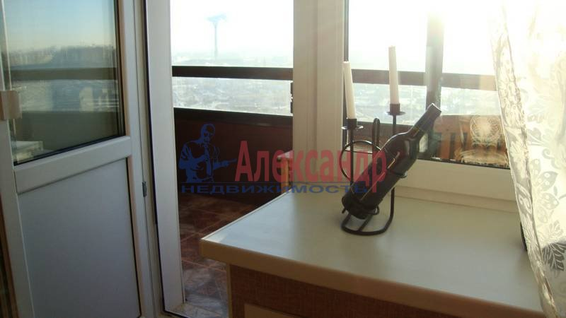 1-комнатная квартира (37м2) в аренду по адресу 3 Верхний пер.— фото 8 из 8