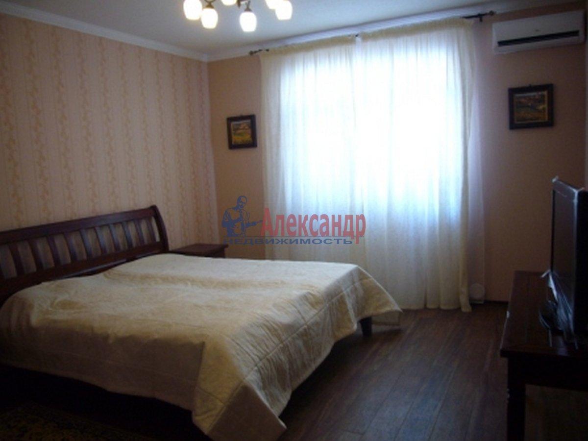 2-комнатная квартира (86м2) в аренду по адресу Тореза пр.— фото 1 из 7