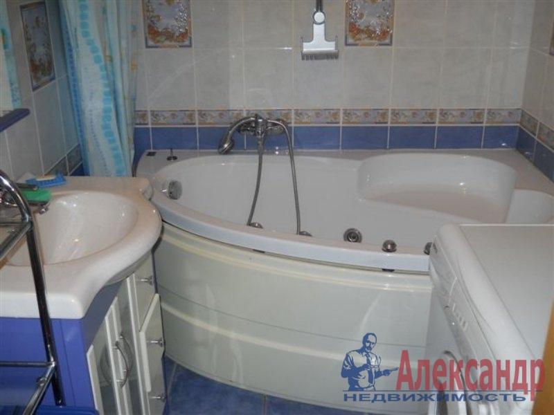 1-комнатная квартира (35м2) в аренду по адресу Караваевская ул., 26— фото 3 из 3
