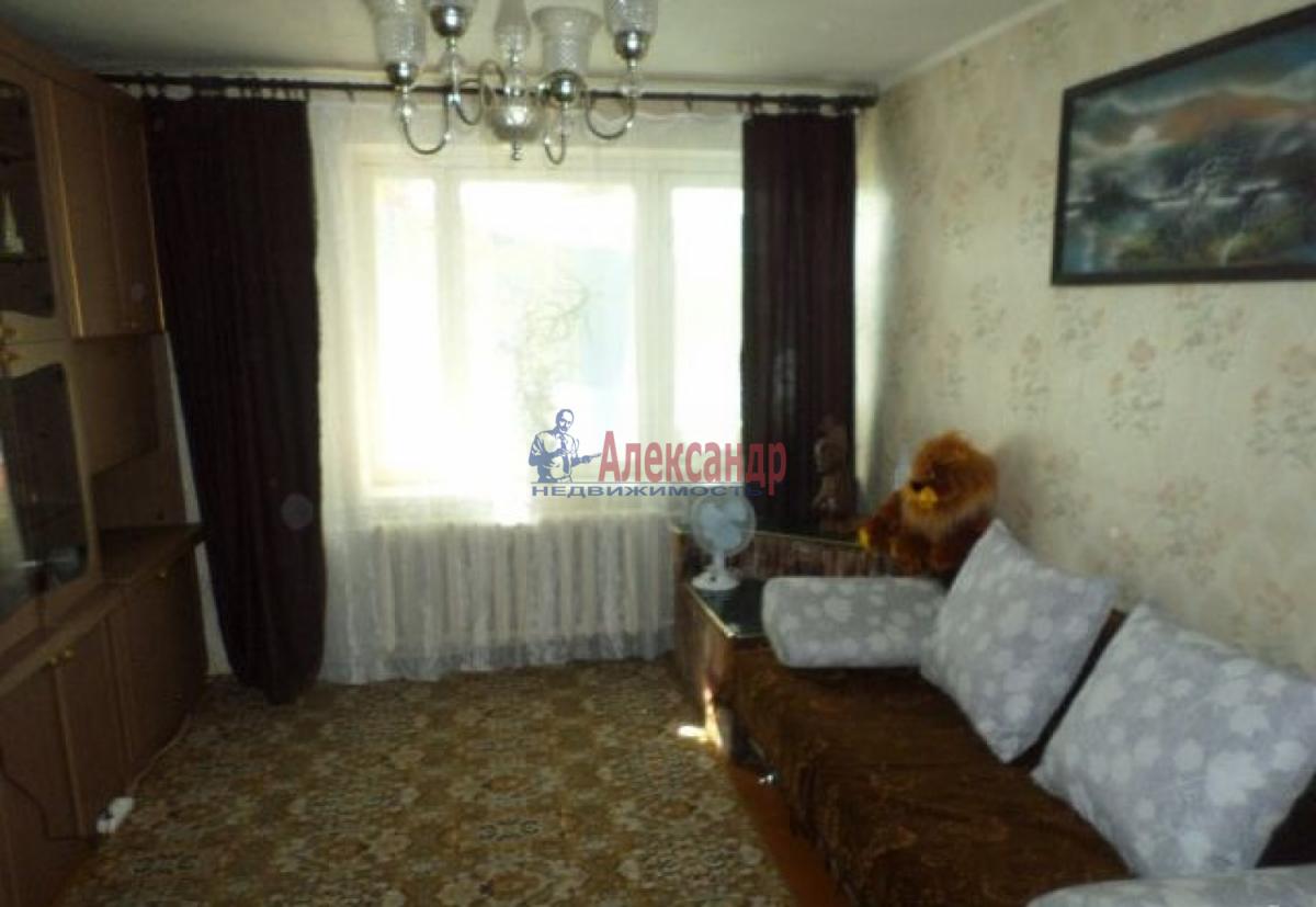 1-комнатная квартира (33м2) в аренду по адресу Новаторов бул., 116— фото 1 из 8