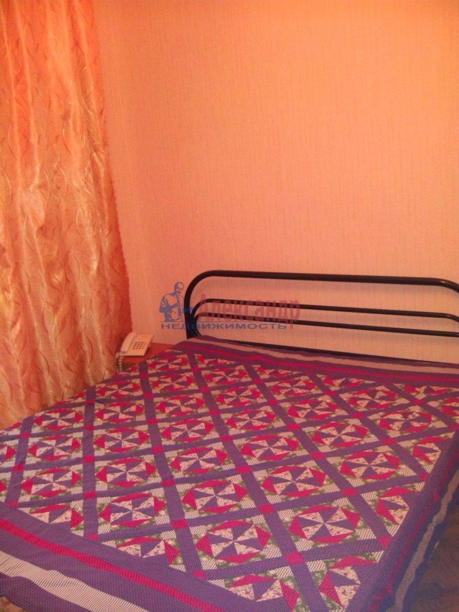 1-комнатная квартира (36м2) в аренду по адресу Тимуровская ул., 30— фото 1 из 3