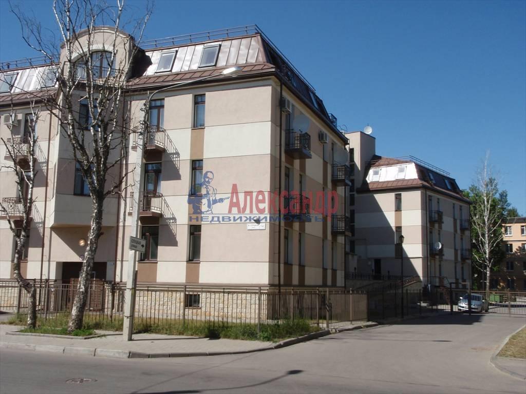 3-комнатная квартира (64м2) в аренду по адресу Павловск г.— фото 4 из 5