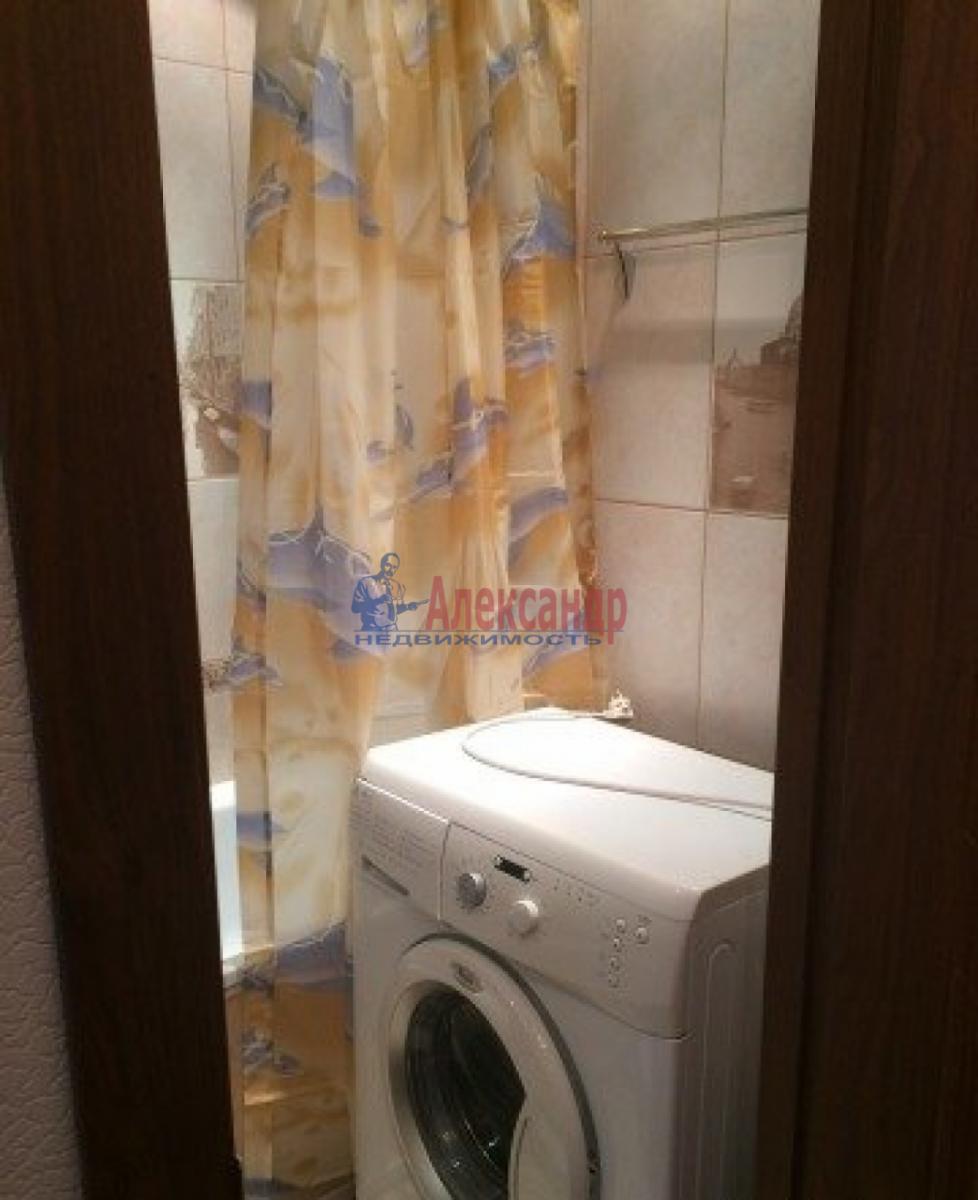1-комнатная квартира (35м2) в аренду по адресу Трефолева ул., 26— фото 6 из 10