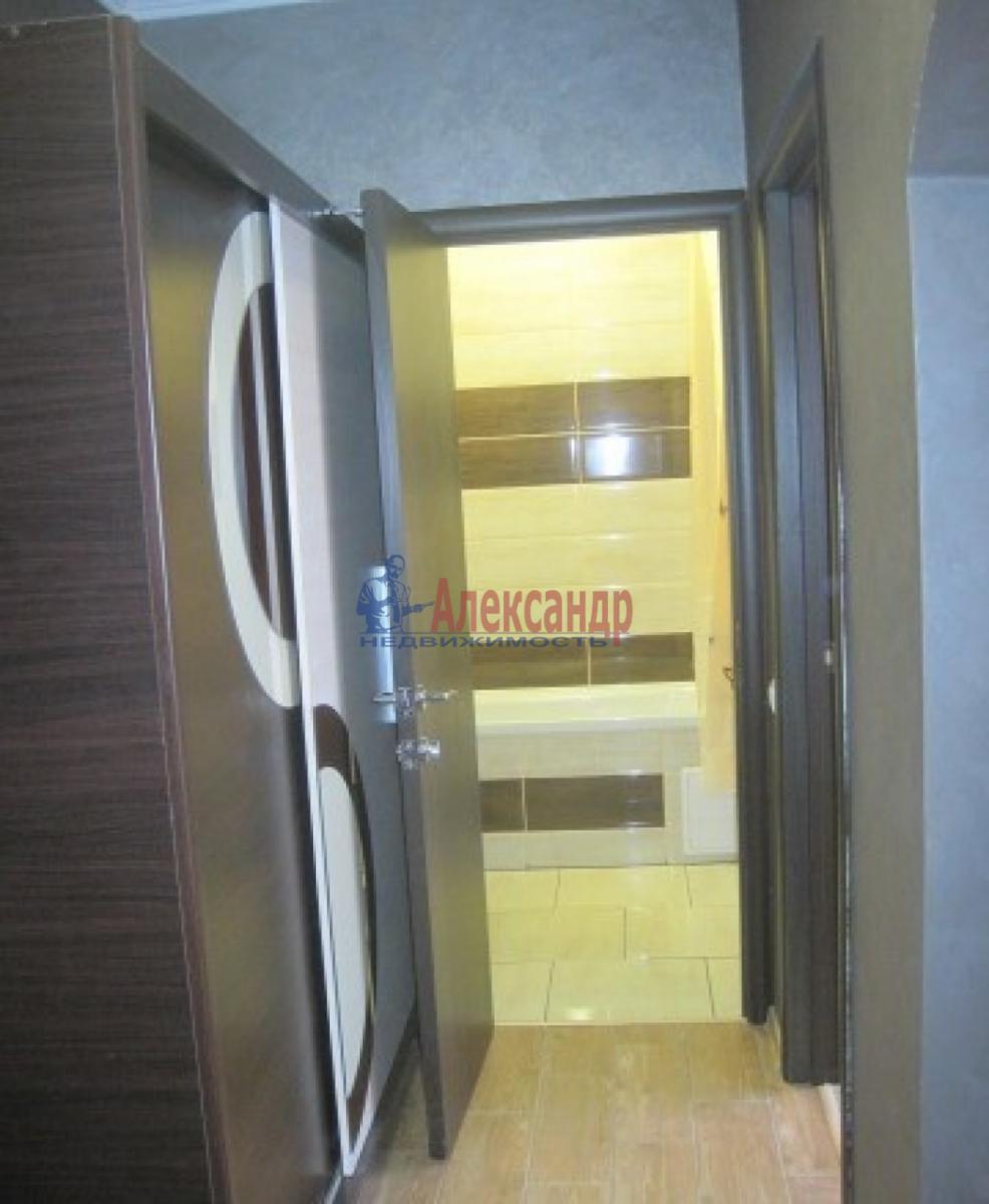 1-комнатная квартира (34м2) в аренду по адресу Ленсовета ул., 89— фото 2 из 4