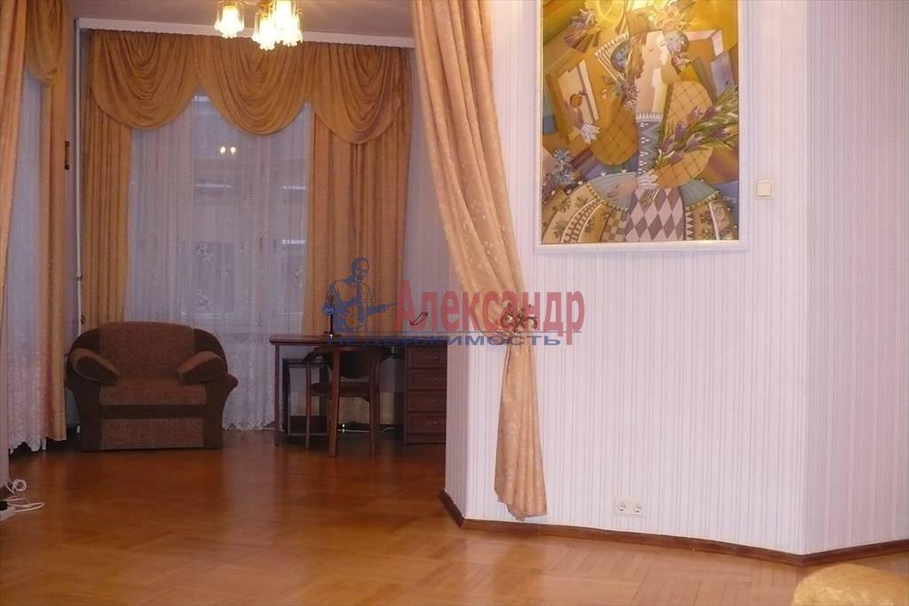 3-комнатная квартира (160м2) в аренду по адресу Реки Карповки наб., 32— фото 4 из 7