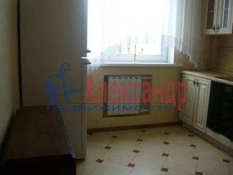 1-комнатная квартира (41м2) в аренду по адресу Учительская ул., 18— фото 5 из 8