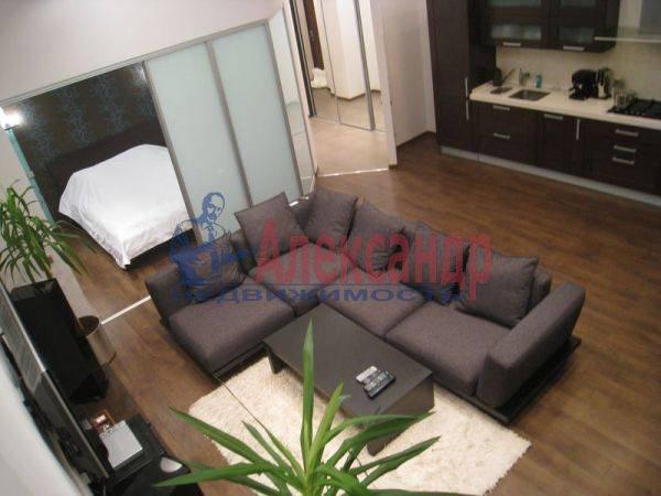 2-комнатная квартира (75м2) в аренду по адресу Большая Конюшенная ул., 3— фото 2 из 14