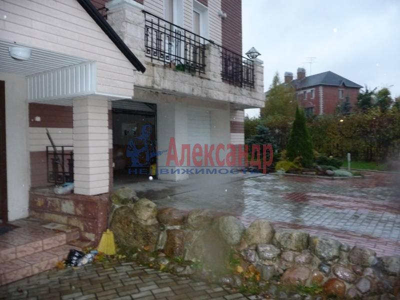 Дом (240м2) в аренду — фото 2 из 2