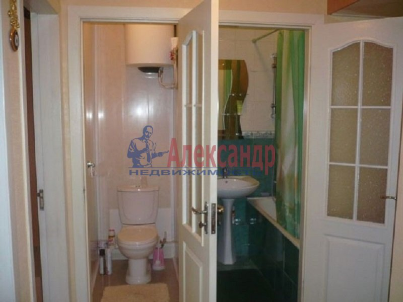 2-комнатная квартира (54м2) в аренду по адресу Просвещения просп., 104— фото 1 из 4
