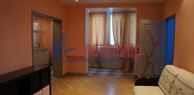 2-комнатная квартира (72м2) в аренду по адресу Энгельса пр., 97— фото 1 из 5