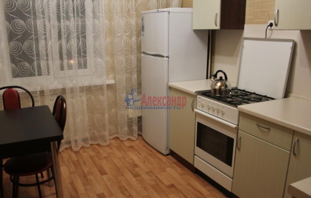 1-комнатная квартира (34м2) в аренду по адресу Есенина ул., 14— фото 3 из 3