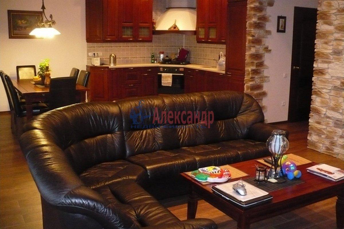 2-комнатная квартира (86м2) в аренду по адресу Тореза пр.— фото 2 из 7