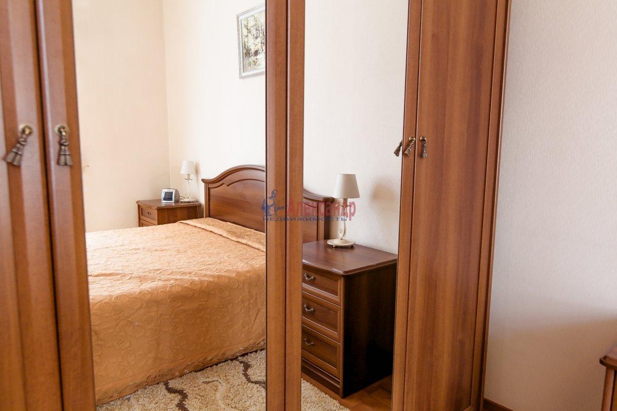2-комнатная квартира (65м2) в аренду по адресу Алтайская ул., 11— фото 3 из 26