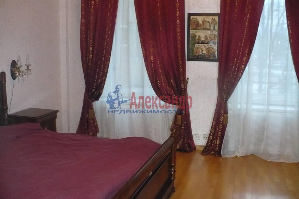 2-комнатная квартира (100м2) в аренду по адресу Каменноостровский пр., 1— фото 6 из 9
