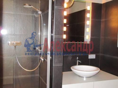 3-комнатная квартира (125м2) в аренду по адресу Московский просп., 82— фото 8 из 11
