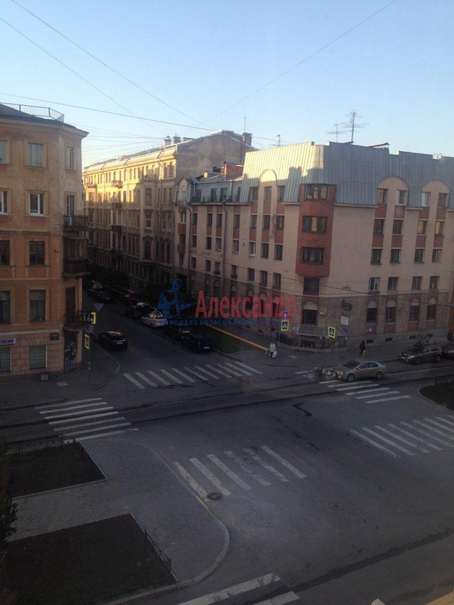 2-комнатная квартира (57м2) в аренду по адресу Подольская ул., 23— фото 8 из 9