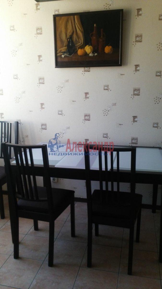 2-комнатная квартира (57м2) в аренду по адресу Ленинский пр., 109— фото 7 из 10