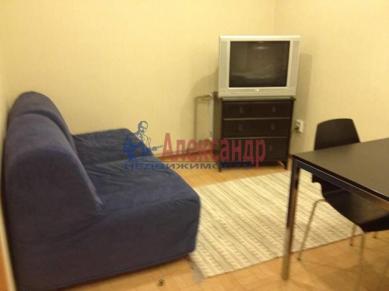 Комната в 2-комнатной квартире (62м2) в аренду по адресу Просвещения пр., 33— фото 2 из 9