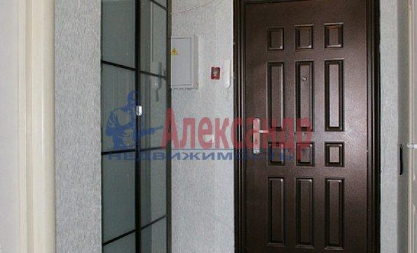 1-комнатная квартира (40м2) в аренду по адресу Шуваловский пр., 90— фото 2 из 5
