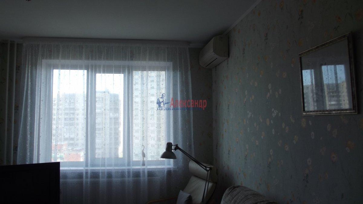 1-комнатная квартира (35м2) в аренду по адресу Жени Егоровой ул., 12— фото 1 из 4