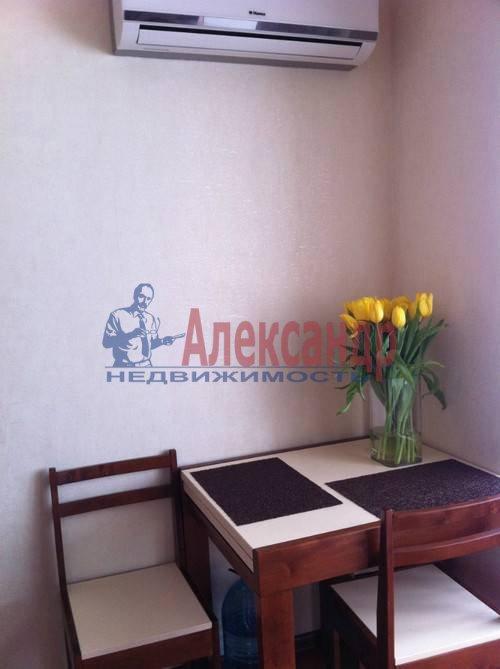 1-комнатная квартира (42м2) в аренду по адресу Богатырский пр., 5— фото 4 из 5