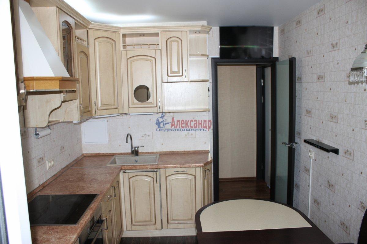 2-комнатная квартира (70м2) в аренду по адресу Латышских Стрелков ул., 15— фото 8 из 8