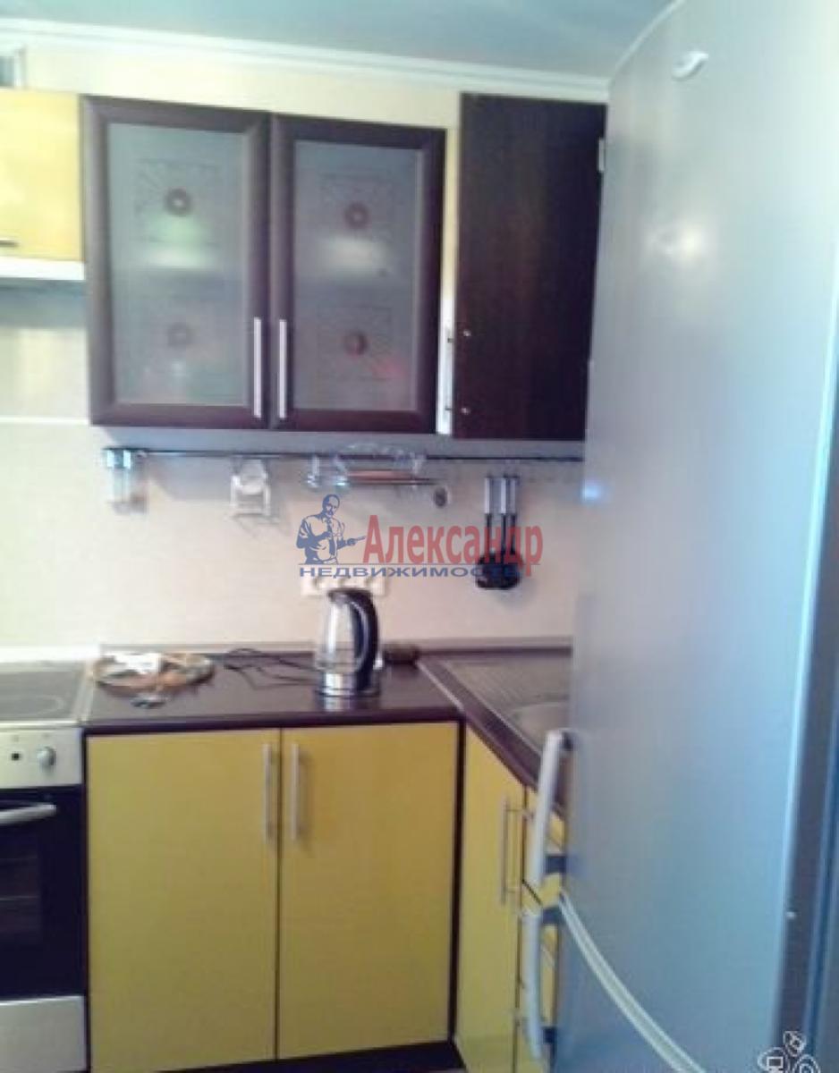 1-комнатная квартира (43м2) в аренду по адресу Стачек пл.— фото 1 из 5