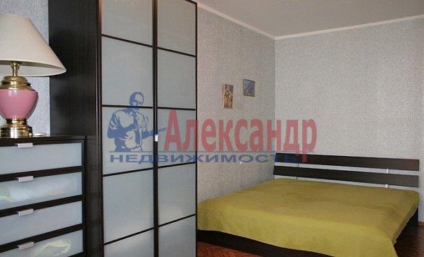 1-комнатная квартира (40м2) в аренду по адресу Шуваловский пр., 90— фото 3 из 5