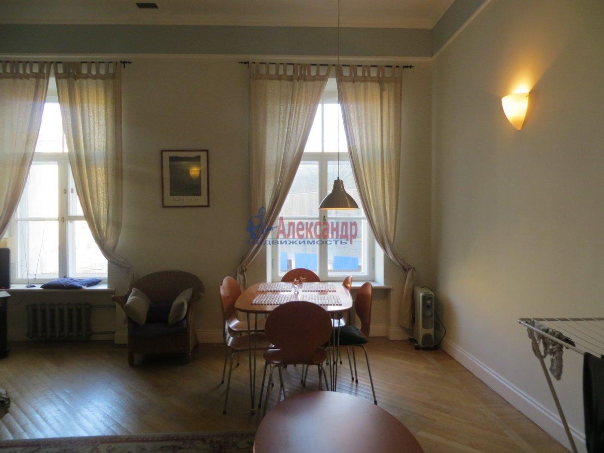 1-комнатная квартира (35м2) в аренду по адресу Бестужевская ул., 13— фото 2 из 3