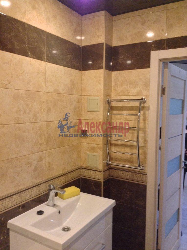 1-комнатная квартира (38м2) в аренду по адресу Софийская ул., 28— фото 5 из 6