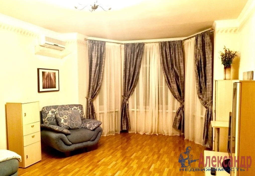 2-комнатная квартира (52м2) в аренду по адресу Большой пр., 69— фото 1 из 5