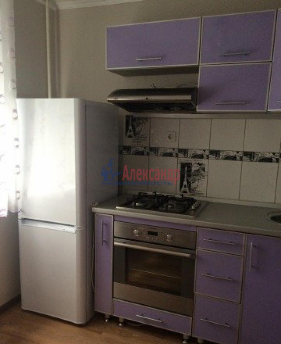 1-комнатная квартира (35м2) в аренду по адресу Трефолева ул., 26— фото 8 из 10