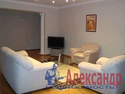 3-комнатная квартира (120м2) в аренду по адресу Восстания ул., 40— фото 2 из 3