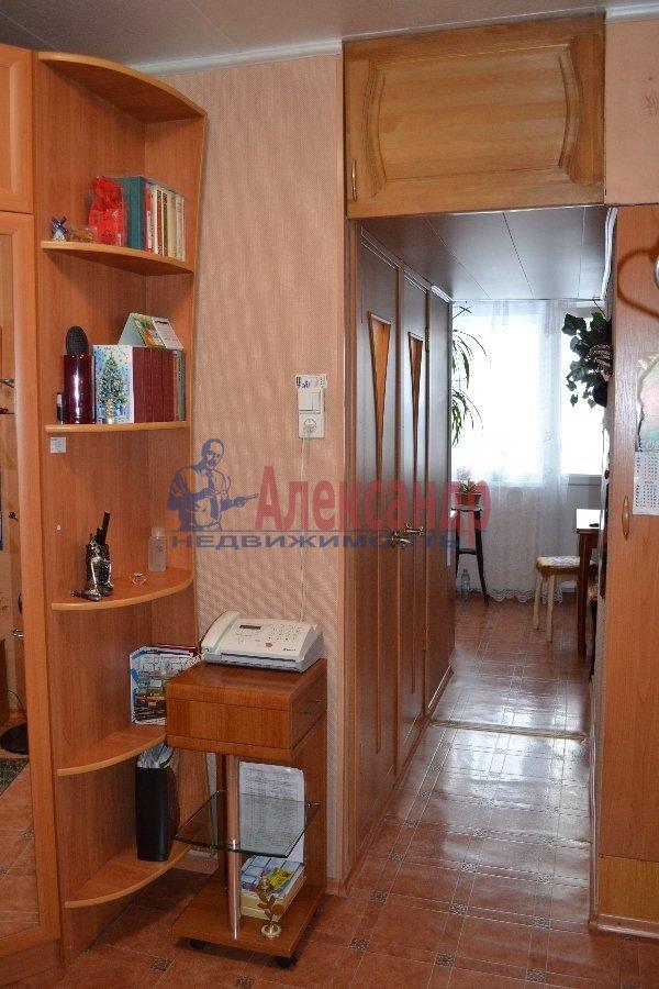 1-комнатная квартира (35м2) в аренду по адресу Трефолева ул., 16— фото 2 из 7