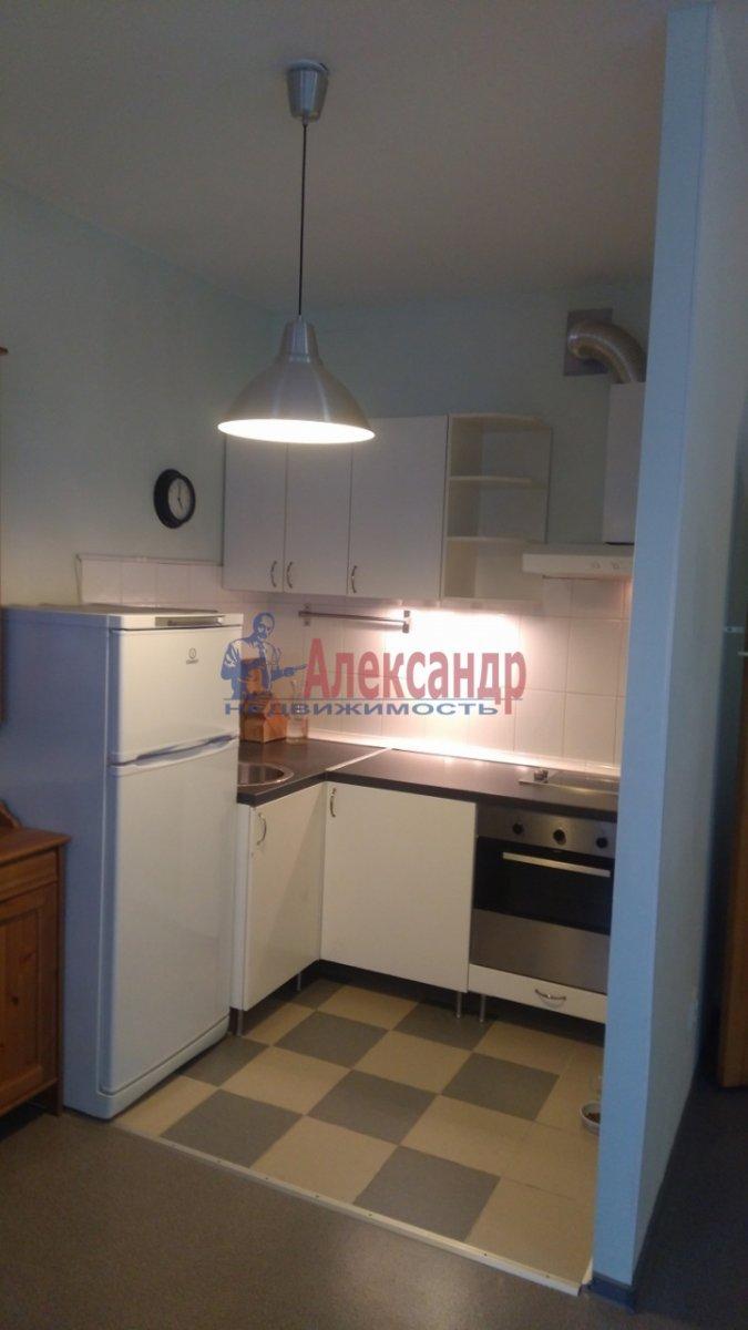 1-комнатная квартира (36м2) в аренду по адресу Брянцева ул., 15— фото 4 из 8
