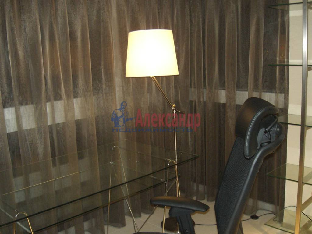 3-комнатная квартира (85м2) в аренду по адресу Новочеркасский пр., 33— фото 2 из 9