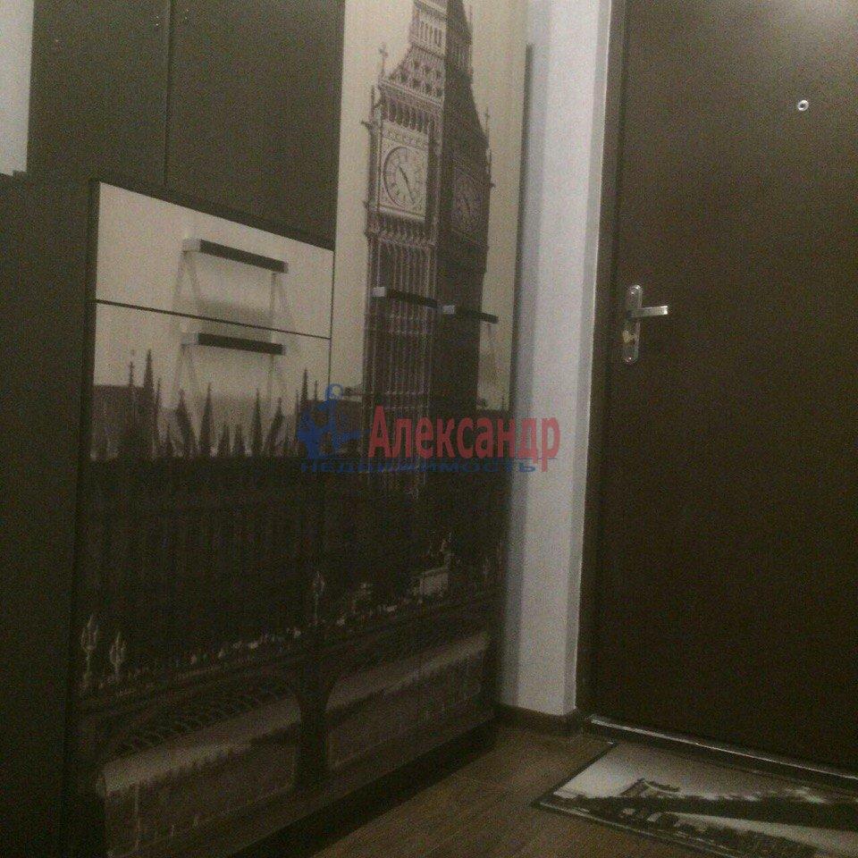 1-комнатная квартира (43м2) в аренду по адресу Есенина ул., 1— фото 5 из 9