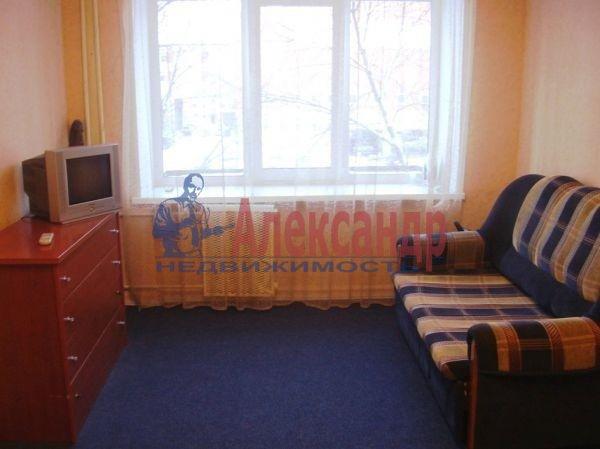 2-комнатная квартира (61м2) в аренду по адресу Дунайский пр., 55— фото 2 из 5