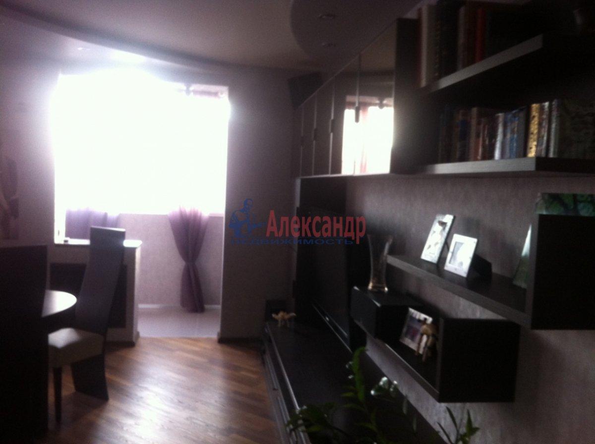 4-комнатная квартира (138м2) в аренду по адресу Новоколомяжский пр., 11— фото 5 из 11