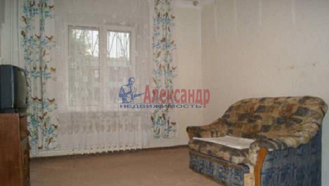 1-комнатная квартира (35м2) в аренду по адресу Шуваловский пр., 68— фото 2 из 4