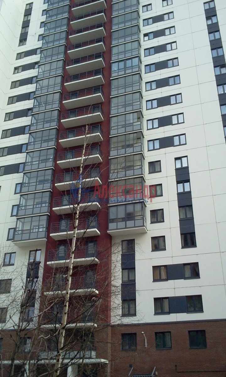 2-комнатная квартира (68м2) в аренду по адресу Железнодорожный пер., 8— фото 6 из 10