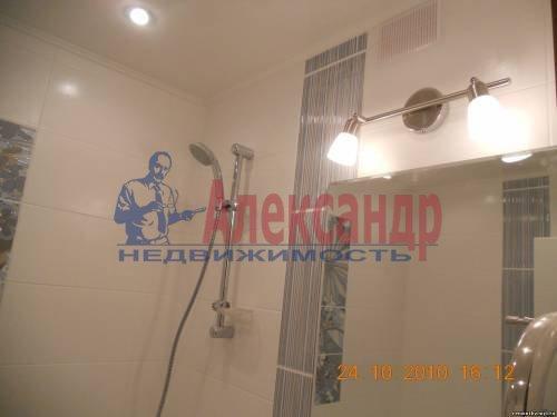 1-комнатная квартира (40м2) в аренду по адресу Шлиссельбургский пр., 24— фото 5 из 12
