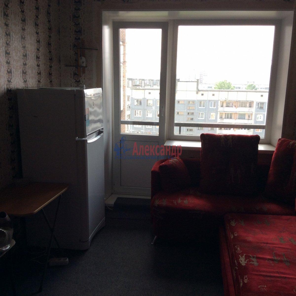 Комната в 5-комнатной квартире (100м2) в аренду по адресу Есенина ул., 30— фото 10 из 11