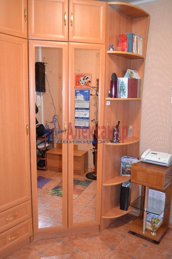1-комнатная квартира (35м2) в аренду по адресу Трефолева ул., 16— фото 3 из 7