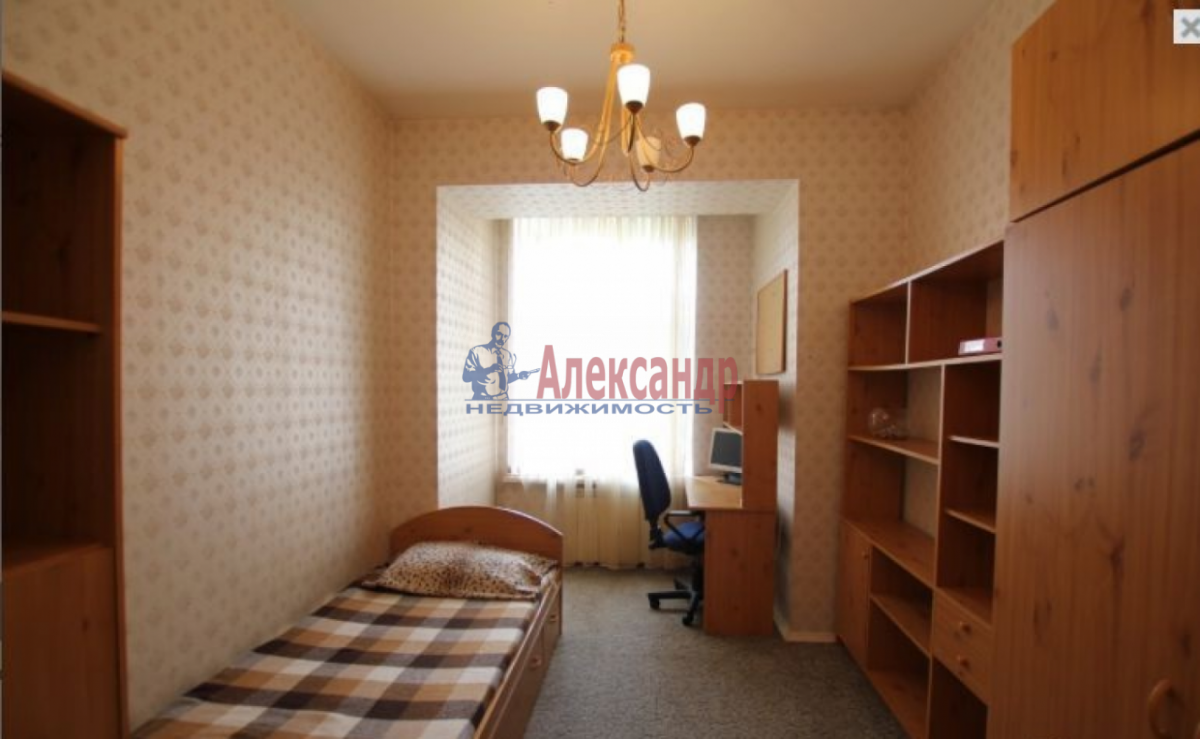 3-комнатная квартира (85м2) в аренду по адресу Чернышевского пл., 10— фото 3 из 9