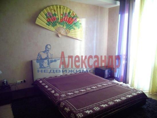 2-комнатная квартира (67м2) в аренду по адресу Пионерская ул., 16— фото 12 из 13